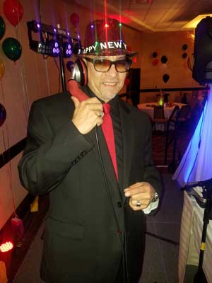 Gil Hernandez, DJ for Dancing New Year's Eve CT
